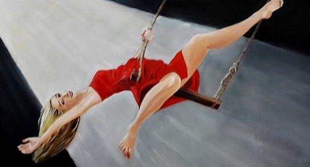 '16 Kırmızılı Kadın' Galeri Kara'da