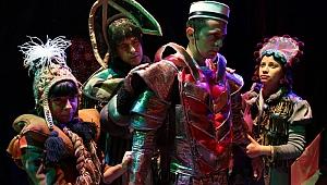 Antalya Büyükşehir Belediyesi Şehir Tiyatrolarından yarıyıl sürprizi