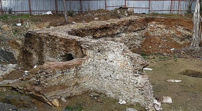 Kadıköy'de inşaat alanında tarihi kalıntıları bulundu