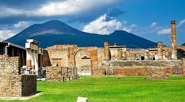 Pompei şehri üzerine: Felaket mi, helak mı?