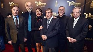Türk Tiyatrosu'nun duayenleri onurlandırıldı