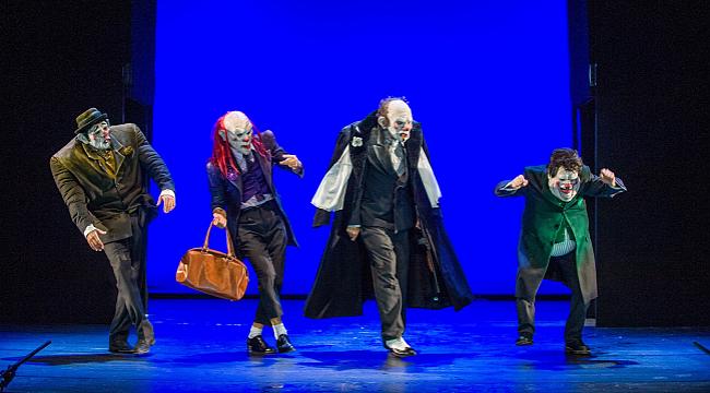 Dünyanın renkleri tiyatro sahnesine taşınıyor