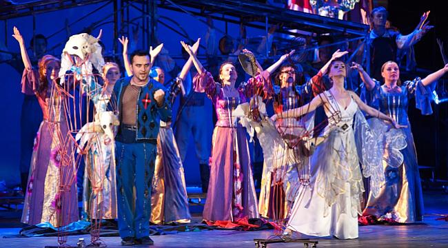 Antalya Uluslararası Tiyatro Festivali 8 yaşında
