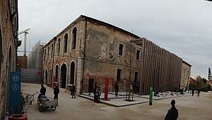 Türkiye Pavyonu,  Venedik Bienali'nin en güçlü payvonu olarak gösterildi