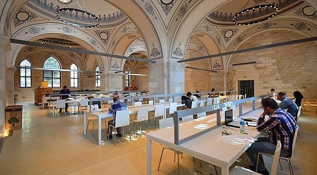 Beyazıt Devlet Kütüphanesi artık 24 saat açık