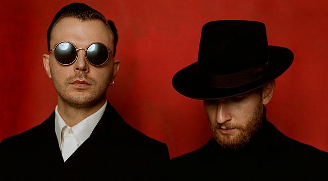 İngiliz synth-pop ikilisi Hurts Türkiye'ye geliyor