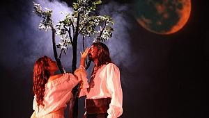 Şehir Tiyatroları'ndan yeni oyun: Çingeneler Gökyüzünde Yaşar