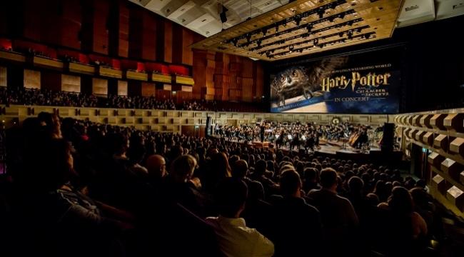 Orkestra eşliğinde Harry Potter ve Sırlar Odası