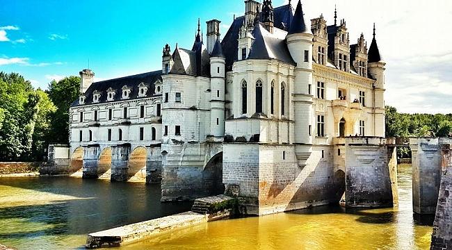 Şatolara büyülü yolculuk: Loire Vadisi