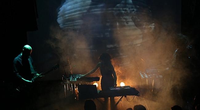 Salon'da haftanın konserleri: Ah! Kosmos ve In Hoodies