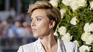 Scarlett Johansson trans bireyi canlandırmaktan vazgeçti