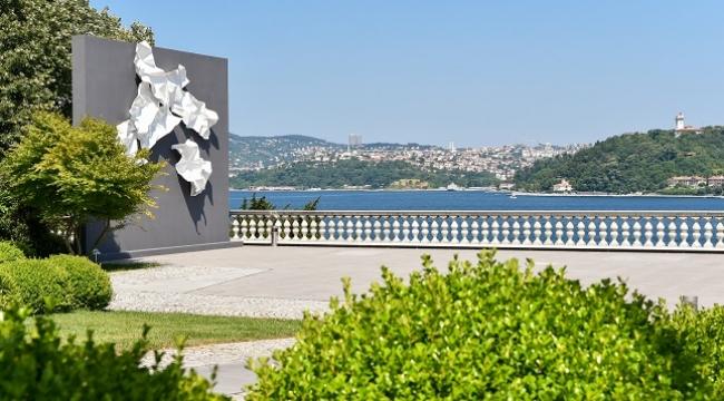Seyhun Topuz'un 'Kuzgun Acar Anısına' isimli eseri SSM'de