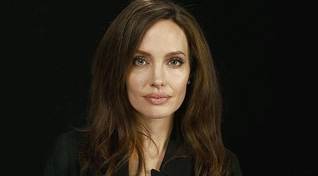 Angelina Jolie, çekimlere 11 saat kala filmden ayrıldı