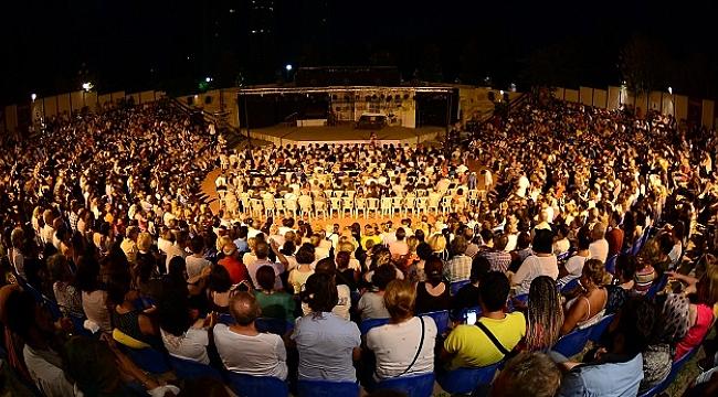 Kadıköy Tiyatro Festivali başladı