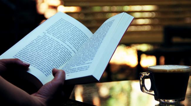 Türkiye'de evlerde ortalama 179 kitap bulunuyor