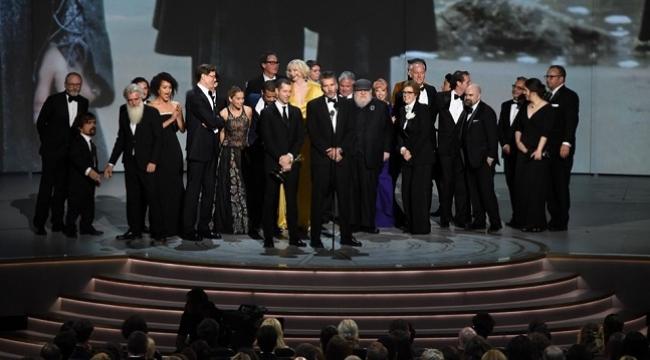 Emmy Ödülleri sırasında en çok kim konuşuldu?