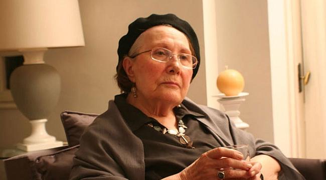 Erdal Öz Edebiyat Ödülü'nün yeni sahibi Adalet Ağaoğlu