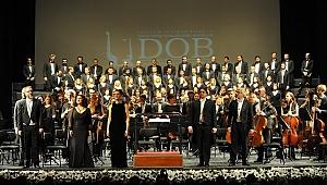 Rossini'nin Stabat Mater Oratoryosu Süreyya Opera Sahnesi'nde