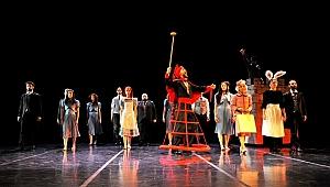 """MDTistanbul'dan """"Alis Yıldızların Altında"""" gösterisi"""