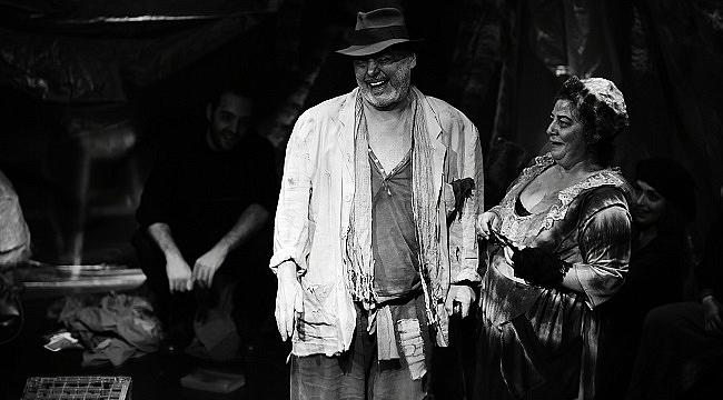 Milan Kundera'nın ünlü eseri Jacques ile Efendisi tiyatro sahnesinde