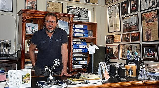 Nebil Özgentürk: Kitaplar çok satıyor ama aynı adamlar alıyor