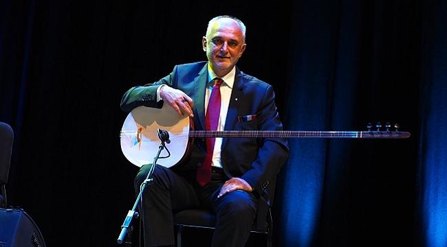 """Türk müziğinin """"yeni tarz"""" besteleri bu konserde"""
