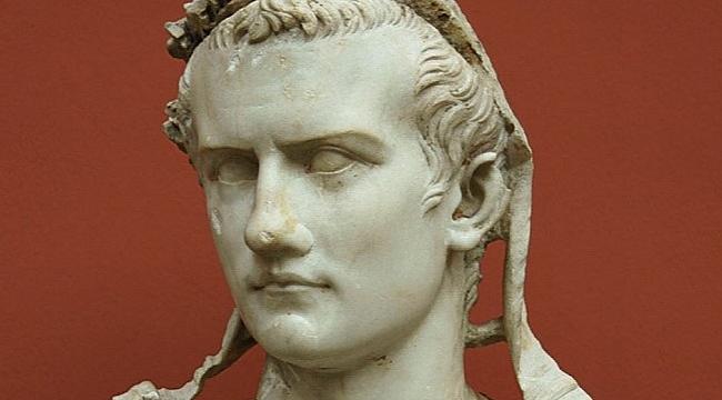 Gelmiş geçmiş en kötü insanlardan biri: Caligula