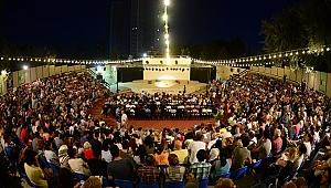 Sezonun popüler oyunları Kadıköy Tiyatro Festivali'nde