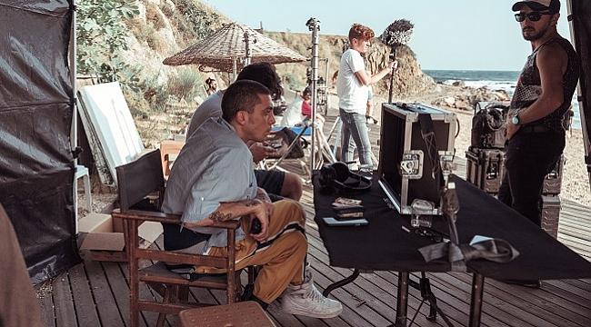 Can Bonomo ilk kez yönetmen koltuğunda