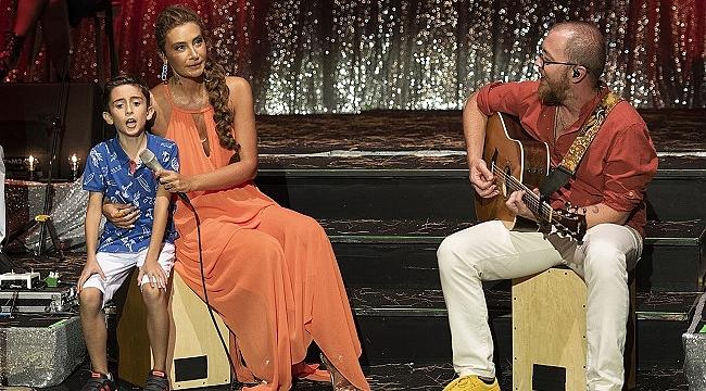 Sıla'dan Ayvalık'ta kapalı gişe konser