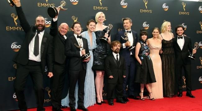 Game of Thrones oyuncuları 71. Emmy Ödülleri'ni sunacak