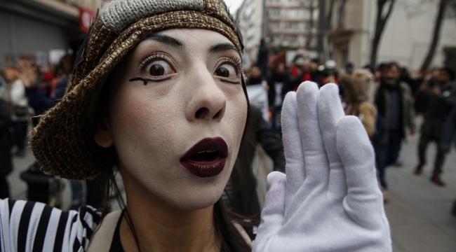 Kadıköy Tiyatro Şenliği 4. kez 'merhaba' diyor