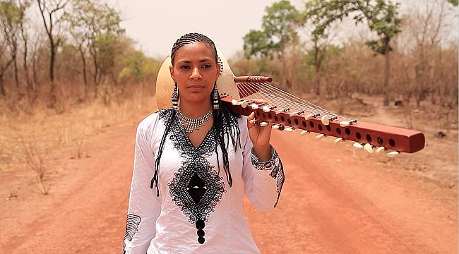 Afrika'nın Egzotik Melodileri Sona Jobarteh ile İş Sanat'ta