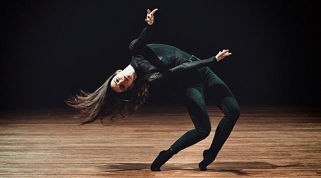 İstanbul Modern Dans Topluluğu'ndan yeni gösteri: Dans Ana-Log