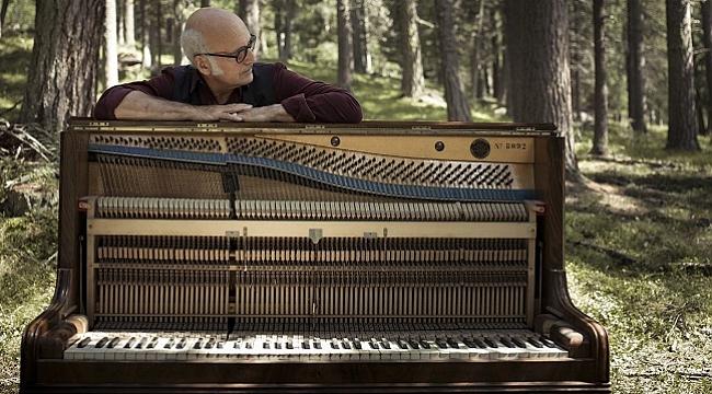 Ludovico Einaudi, 31 Ocak'ta İstanbul'da konser verecek