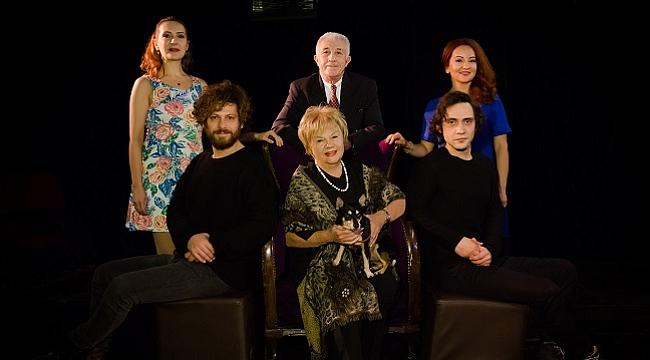 Nevra Serezli, Ağaçlar Ayakta Ölür ile tiyatroya dönüyor