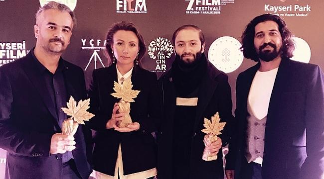 Omar ve Biz filmine Kayseri'de iki ödül