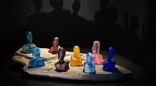 Cam heykel sanatçısı Ayşen Savcı'dan yeni sergi