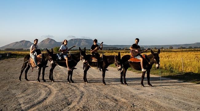 Ünlü Alman Rock Grubu AnnenMayKantereit İstanbul'da konser verecek