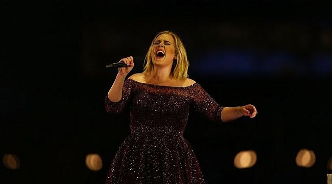 Adele beş yıl aradan sonra yeni albüm çıkarıyor