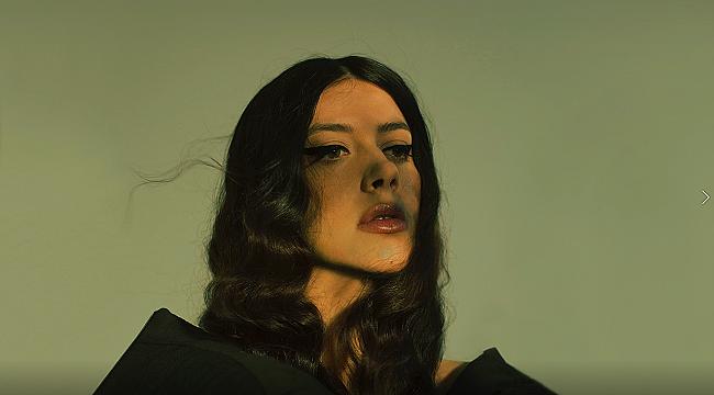 Katerine Duska'dan yeni şarkı: Sanctuary