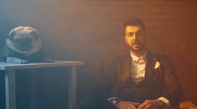 Tankurt Manas'tan yeni single: Uçuyorum
