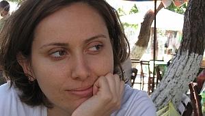 Tuğba Gürbüz: Kendisiymiş Gibi'de yer alan öyküler Batı'yı anlatıyor