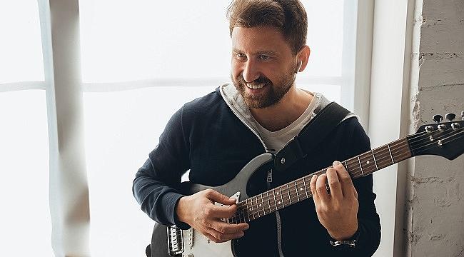 Yeni normal: YouTube ile gitar çalmayı öğrenmek