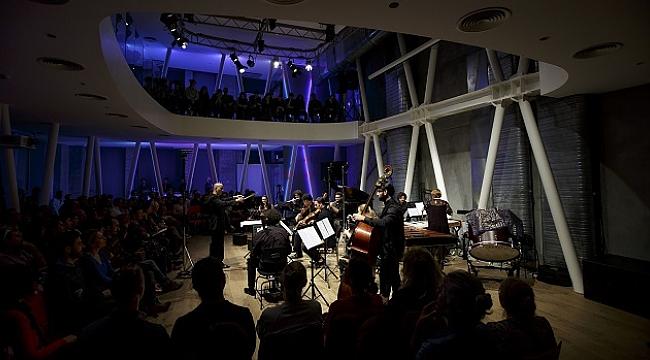 Borusan Müzik Evi'nin bu haftaki konuğu Hezarfen Ensemble