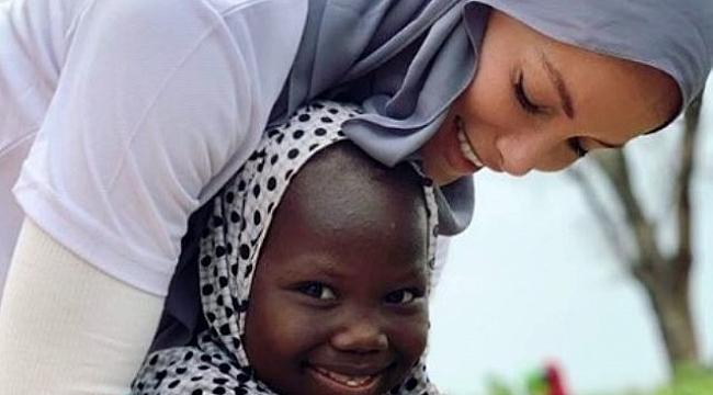 Gamze Özçelik'e'Sınırsız İyilik Ödülü'verildi