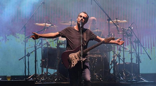 Harun Tekin doğum gününü online konserle kutluyor