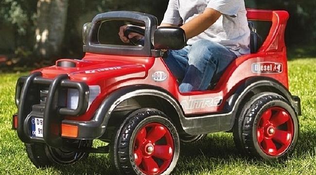 Oyuncak traktör modelleri ile çocuklarınızı mutlu edin