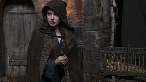 Cursed dizisinden ilk fragman paylaşıldı