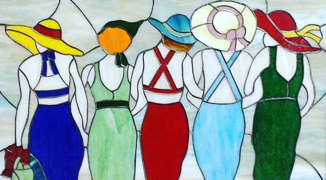 Demet Ergen: Vitrayı galerilerin sahiplenmesi gerekiyor